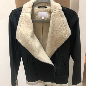 Real leather black jacket with fur